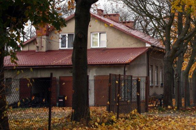 Dawna szkoła w Rzakcie, obecnie świetlica GOK, foto: RS