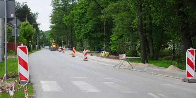Budowa chodnika, 29.05.2015, foto: RS