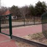 Zniszczone ogrodzenie Parku Centrum